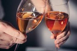 人妻とお酒を飲む